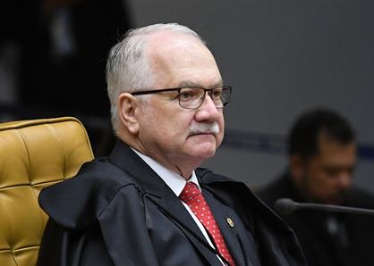 Para Fachin, mensalidades escolares vencidas não entram em redução prevista em lei do Ceará