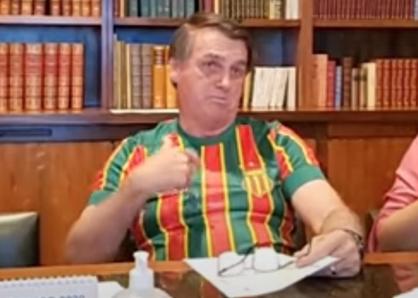 """Bolsonaro diz que governo não vai pagar vacina """"de Doria"""""""