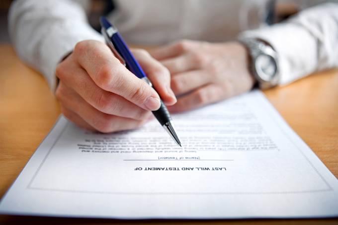 Covid-19 aumenta a busca por testamentos e planos para a herança